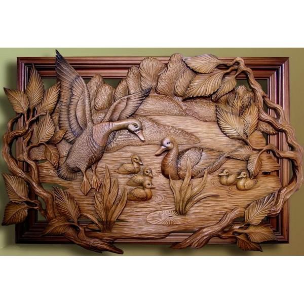 Панно, картины из дерева